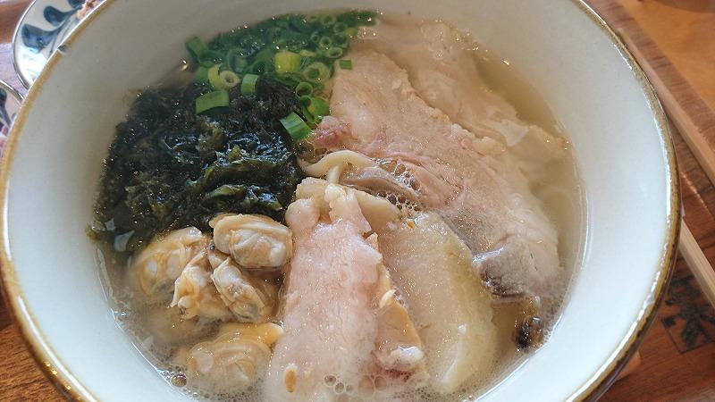 スーチカ―(三枚肉を塩漬けしたやつ)が美味!!