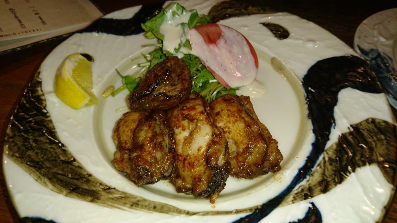 広島と言えば牡蠣なんだって。だから牡蠣のバター焼き食ったよ。
