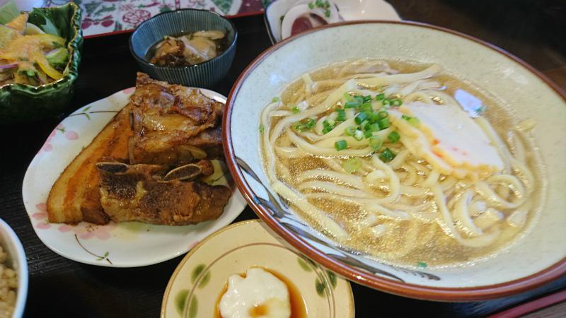 スペアリブ・軟骨そーき・三枚肉のトリプルコラボ!!!