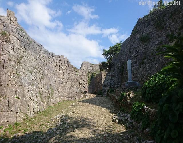 晴天に恵まれまして。こちら南の郭から一の郭へ繋がる正門です。