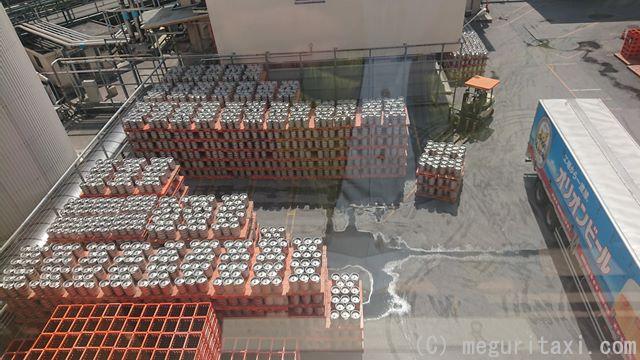 オリオンハッピーパーク名護工場内の樽仮置き場所