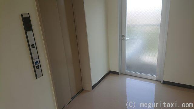 オリオンハッピーパーク工場内・3階エレベーター出入口